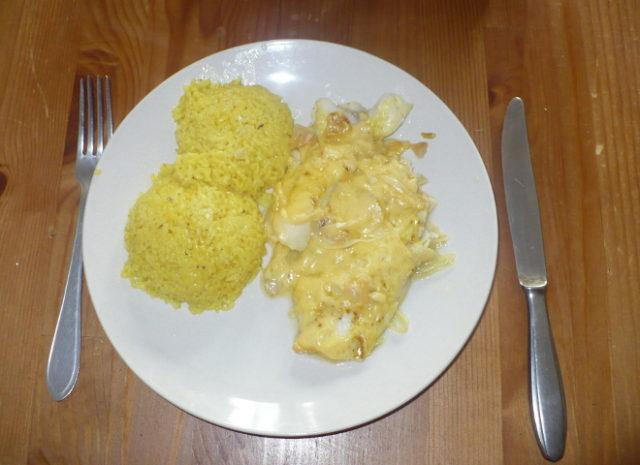 FOTO: Rybí filé s kari rýží