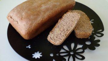 FOTO: Špaldový chléb s ořechy