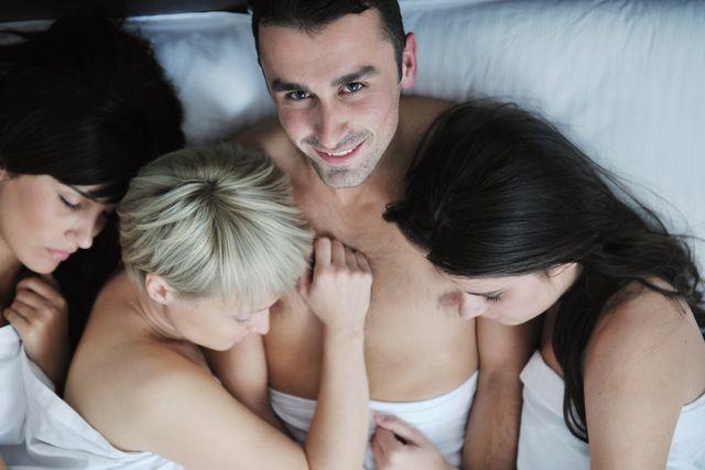 Секс на камеру семейных свингеров видео