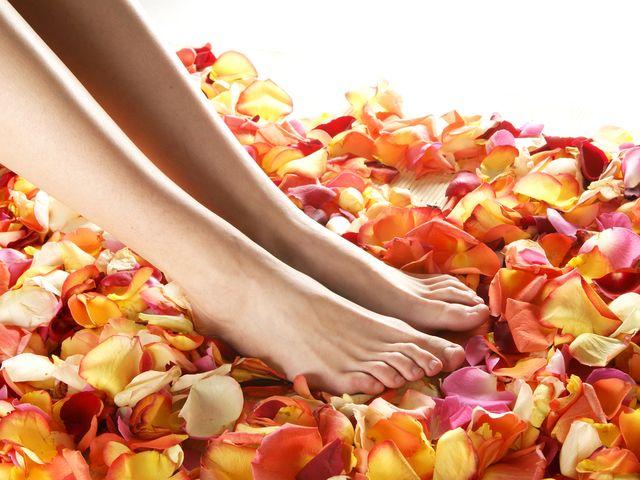 nohy-kvetiny-vune