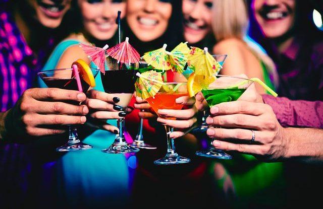 Recepty na alkoholický koktejl