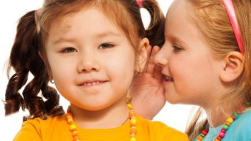 Co dělat, když dítě mluví sprostě