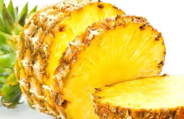 Jak krájet ananas