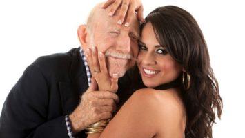 starší muž   WomanOnly
