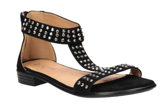 Zdroj: CCC obuv, Aspen PR
