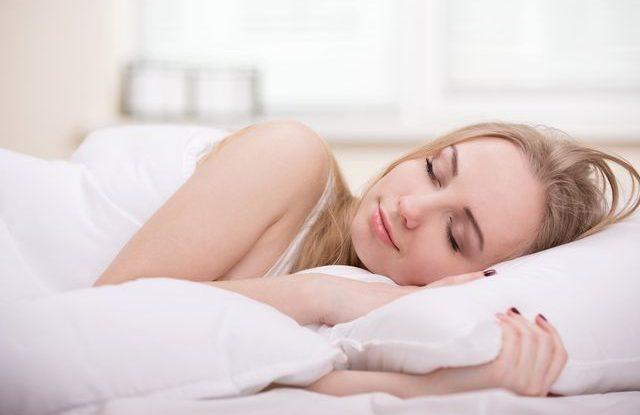 Jak spát v horku