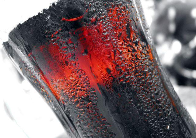 kola-sklenice-piti