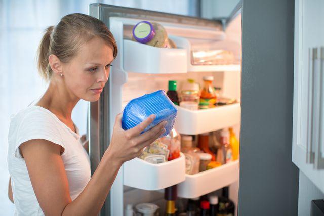 lednice-potraviny-zkazene