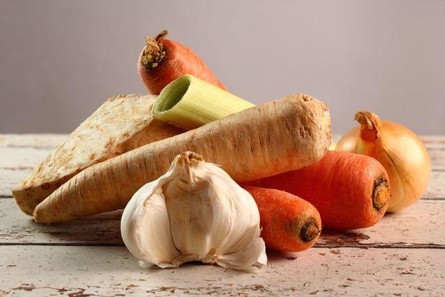 korenova-zelenina-mrkev-petrzel-celer