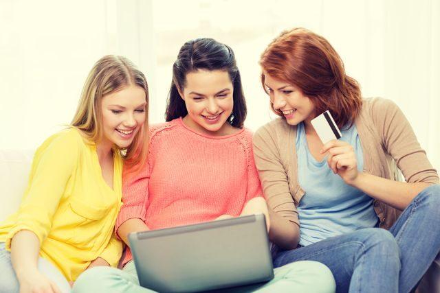 Nakupování na e-shopech online letáky