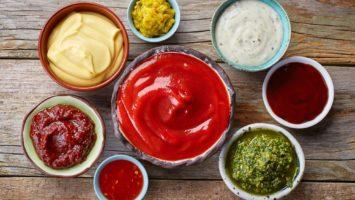 Recepty na dipy ke grilovanému masu