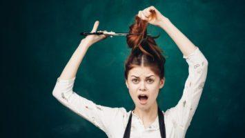 Jak stříhat vlasy doma