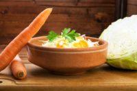 FOTO: Zelny salat s mrkvi