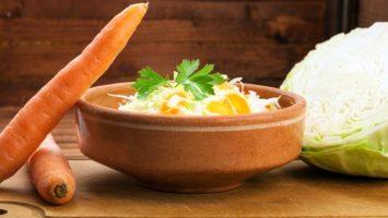 Zelny salat s mrkvi