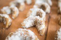Recept na vanilkové rohlíčky připravené za studena. Uplatněte raw food i o Vánocích