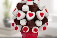 Valentýnská soutěž. Vyhrajte poukaz na ovocnou jedlou kytici Frutiko