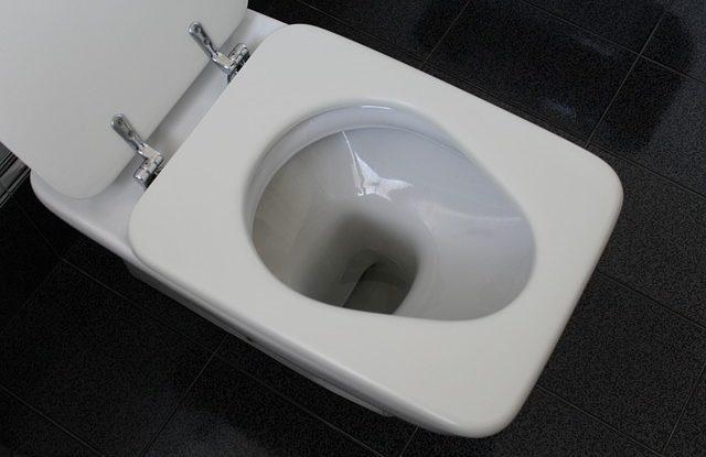 jak-vycistit-levne-zachod-toaletu-wc