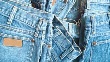 proč mají džíny cvočky na kapsách