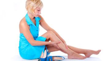Příčiny otékání nohou