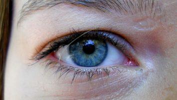Oční celulitida a jak se jí zbavit