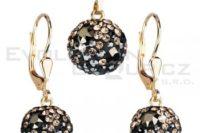 Jak vybrat šperky pro zvláštní příležitost? Poradíme, jakých zásad se držet