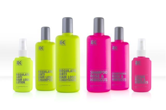 Od této firmy existují i další řady - žlutá je proti vypadávání vlasů, růžová je pro normální vlasy.