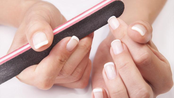 Jak si správně pilovat nehty