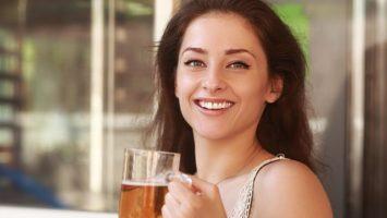 Pití piva zvětšuje prsa