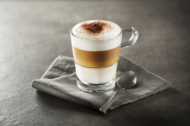 Caffe latte macchiato