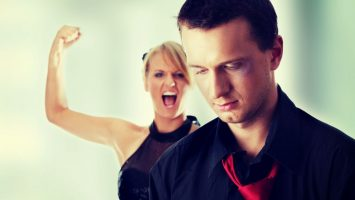 Domácí násilí na mužích