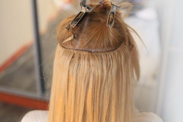 Prodlužování vlasů za tepla