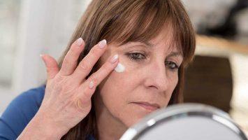 Akné a menopauza