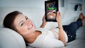 Hrají ženy online hry