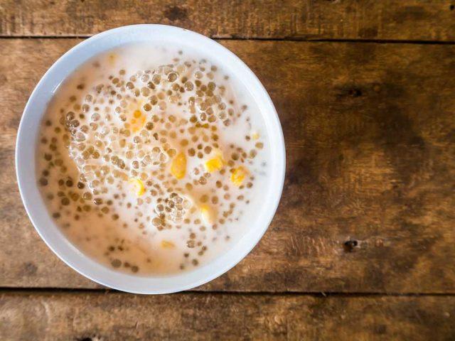 Tapioca, tapiokové kuličky s kokosovým mlékem