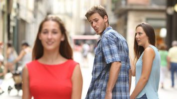 Proč se muži dívají po ženách