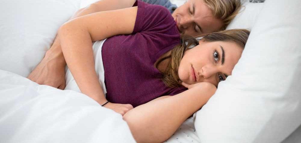 Proč ženy nudí sex častěji než muže