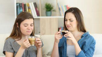 Proč je káva kyselá