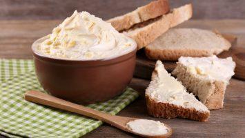 Recept na domácí máslo