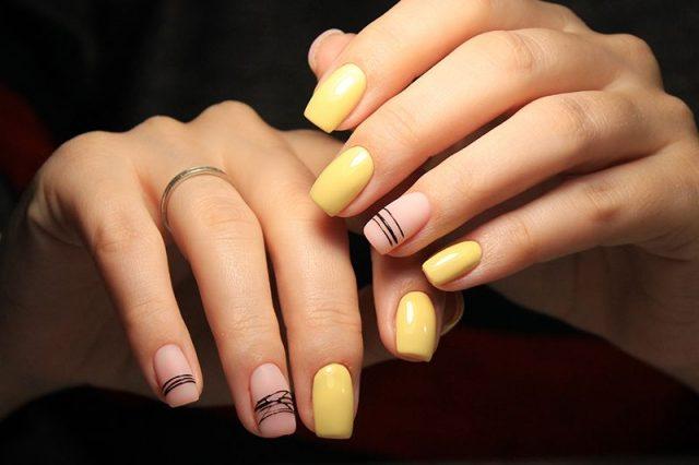 Žluté nehty