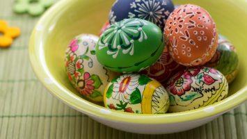 Zdobení vajec voskem