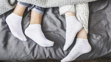 Proč spát v ponožkách