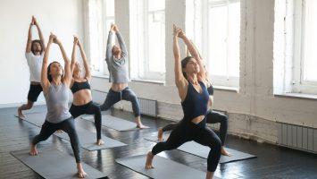 Jóga na kulatá záda a hyperkyfózu