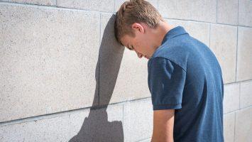 Sebepoškozování mladistvých